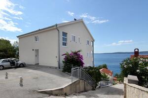 Apartmanok a tenger mellett Rastici, Ciovo - 7511