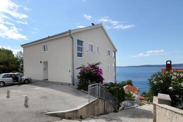 Rastići, Čiovo, Property 7511 - Apartments by the sea.