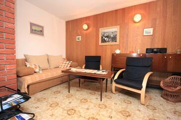 Okrug Gornji, Pokój dzienny w zakwaterowaniu typu house, dopusteni kucni ljubimci i WIFI.