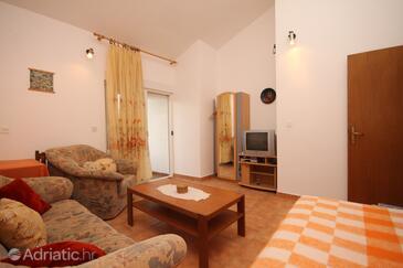 Ražanj, Obývací pokoj v ubytování typu apartment, WiFi.