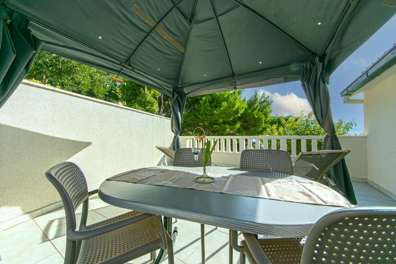Ferienwohnung im Ort Pisak (Omi?), Kapazität  Ferienwohnung in Kroatien