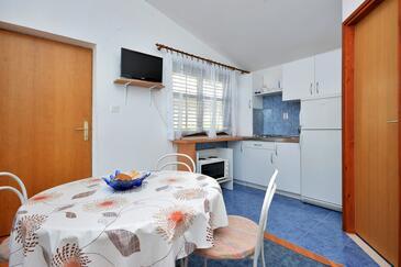 Pisak, Jídelna v ubytování typu apartment, WiFi.