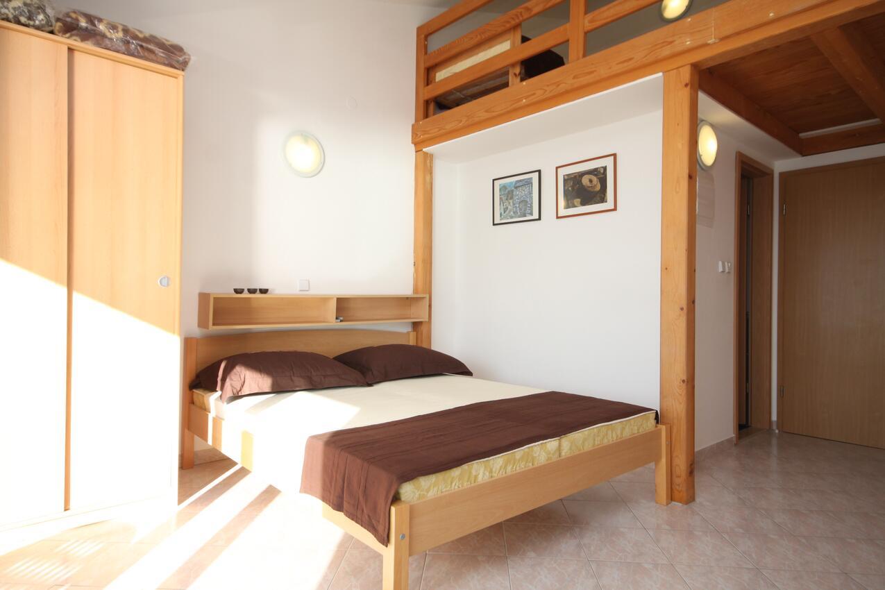 Ferienwohnung Studio Appartment im Ort Due (Omia), Kapazität 2+0 (2077165), Omiš, , Dalmatien, Kroatien, Bild 4