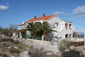 Supetar, Brač, Property 7535 - Apartments with pebble beach.