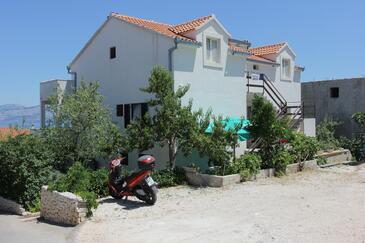 Supetar, Brač, Property 7536 - Apartments with pebble beach.