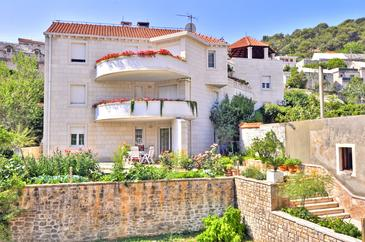 Pučišća, Brač, Property 754 - Apartments near sea with pebble beach.
