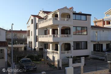 Okrug Gornji, Čiovo, Property 7546 - Apartments with pebble beach.