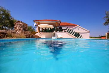 Gradina, Korčula, Property 7552 - Vacation Rentals with rocky beach.