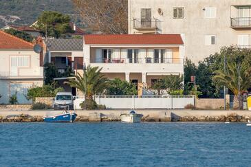 Rogoznica, Rogoznica, Property 7558 - Apartments near sea with pebble beach.