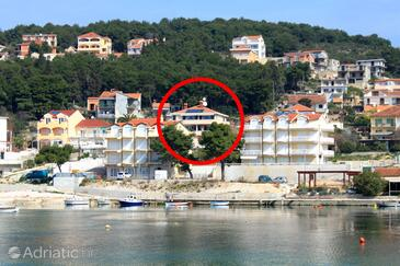 Trogir, Trogir, Property 7561 - Apartments near sea with pebble beach.