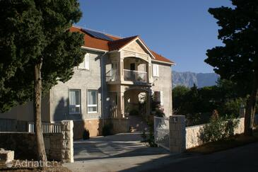Sumartin, Brač, Property 757 - Apartments and Rooms with pebble beach.