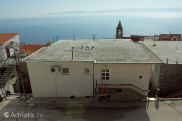 Pisak, Omiš, Property 7570 - Apartments near sea with pebble beach.