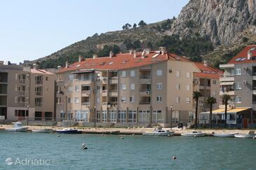 Omiš, Omiš, Property 7577 - Apartments near sea with sandy beach.