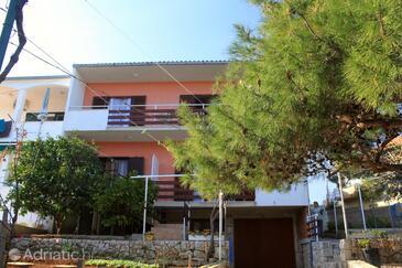 Slatine, Čiovo, Property 7585 - Apartments near sea with pebble beach.