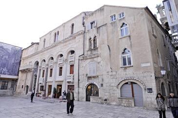 Split, Split, Obiekt 7593 - Apartamenty przy morzu z piaszczystą plażą.