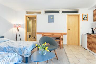 Split, Столовая в размещении типа studio-apartment, WiFi.