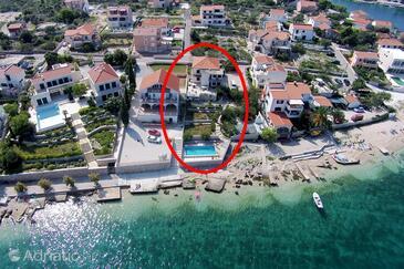 Ražanj, Rogoznica, Property 7606 - Apartments near sea with pebble beach.