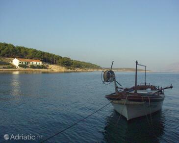 Povlja, Brač, Property 761 - Apartments by the sea.