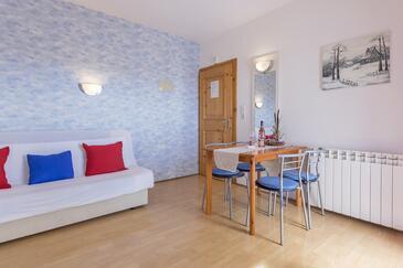Pješčana Uvala, Living room in the apartment, WIFI.