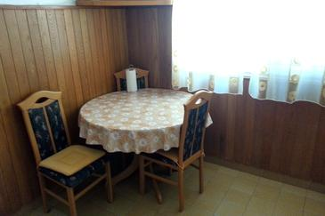 Povlja, Dining room in the apartment.