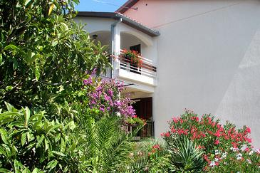 Rabac, Labin, Property 7622 - Apartments with pebble beach.