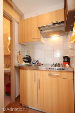 Mošćenička Draga, Kitchen in the studio-apartment.