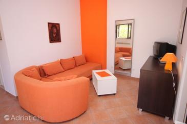 Pješčana Uvala, Living room in the apartment, dopusteni kucni ljubimci i WIFI.