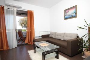 Apartmány s parkovištěm Pula - 7650