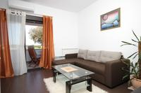 Apartments with a parking space Pula - 7650