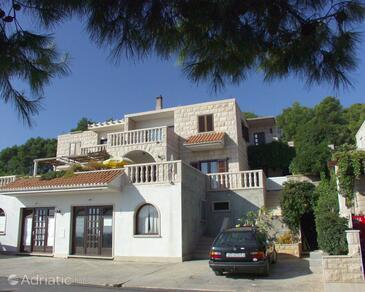 Puntinak, Brač, Property 766 - Apartments near sea with pebble beach.