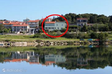 Pula, Pula, Property 7665 - Apartments with pebble beach.