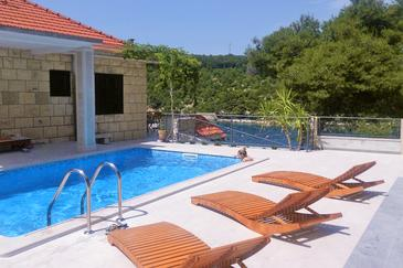 Puntinak, Brač, Property 767 - Vacation Rentals by the sea.