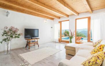 Krbune, Pokój dzienny w zakwaterowaniu typu house, dostupna klima, dopusteni kucni ljubimci i WIFI.