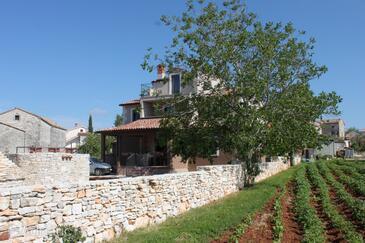 Cukrići, Središnja Istra, Property 7676 - Vacation Rentals with pebble beach.
