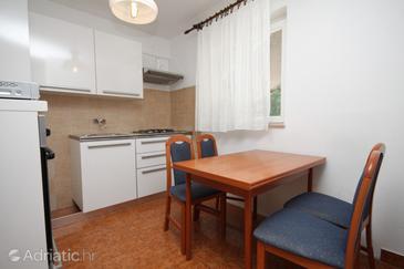 Mošćenička Draga, Dining room in the apartment, dostupna klima, dopusteni kucni ljubimci i WIFI.