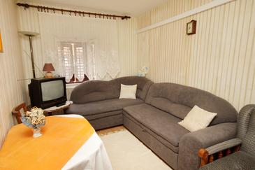 Pučišća, Living room in the apartment.