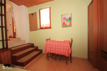 Opatija, Dining room in the studio-apartment.