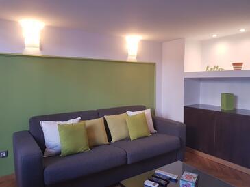 Opatija, Living room in the studio-apartment, dopusteni kucni ljubimci i WIFI.