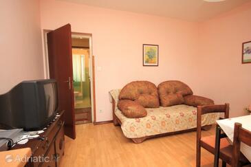 Lovran, Living room in the apartment, dostupna klima, dopusteni kucni ljubimci i WIFI.