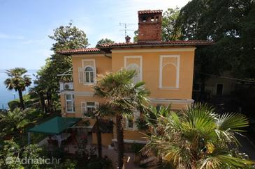 Lovran, Opatija, Property 7709 - Rooms near sea with pebble beach.