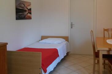 Oprič, Wohnzimmer in folgender Unterkunftsart apartment, Haustiere erlaubt und WiFi.