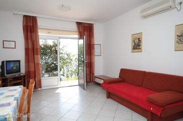 Medveja, Obývací pokoj v ubytování typu apartment, s klimatizací, domácí mazlíčci povoleni a WiFi.