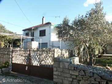 Nečujam, Šolta, Property 773 - Apartments by the sea.
