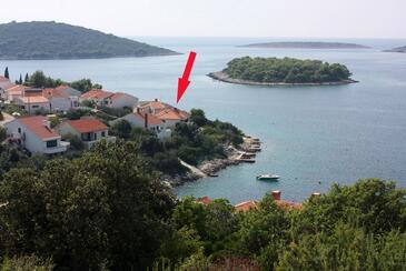 Maslinica, Šolta, Objekt 774 - Ubytovanie blízko mora s kamenistou plážou.