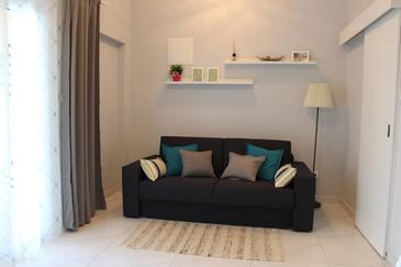 Oprič, Obývací pokoj v ubytování typu apartment, domácí mazlíčci povoleni a WiFi.