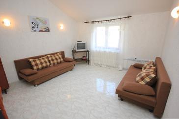 Brseč, Obývacia izba v ubytovacej jednotke apartment, klimatizácia k dispozícii, domáci miláčikovia povolení a WiFi.