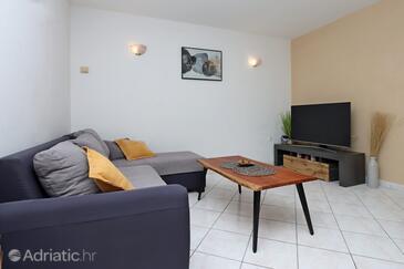 Brseč, Wohnzimmer in folgender Unterkunftsart apartment, Klimaanlage vorhanden, Haustiere erlaubt und WiFi.