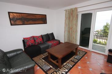 Ičići, Obývací pokoj v ubytování typu apartment, s klimatizací, domácí mazlíčci povoleni a WiFi.