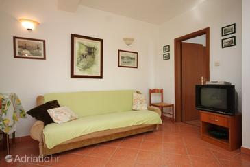 Medveja, Living room in the apartment, dopusteni kucni ljubimci i WIFI.