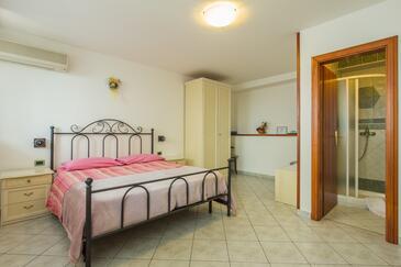 Mošćenička Draga, Спальня в размещении типа room, доступный кондиционер и WiFi.